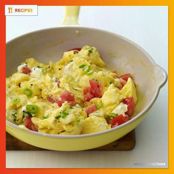 Creamy Scrambled Eggs with Scallions and Tomatoes