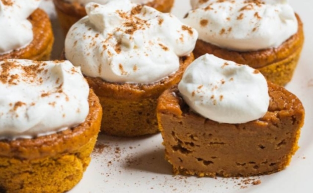 Pumpkin Pie Cupcakes – 3 Smart Points