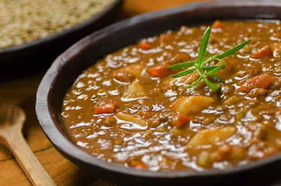 Slow Cooker Lentil Soup – 5 Smartpoints