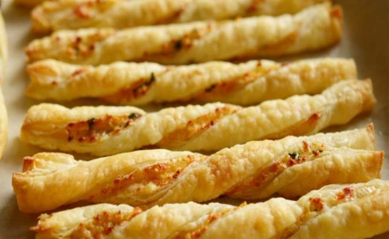 Cheese Twists – 1 SmartPoints