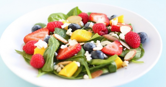 Spinach and Fresh Fruit Salad