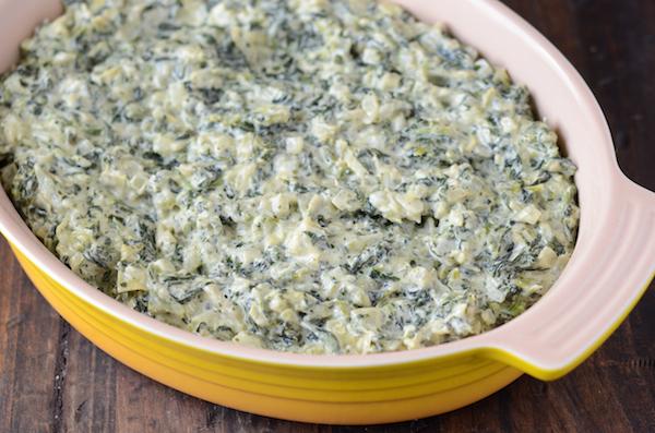 Delicious Spinach Artichoke Dip