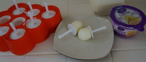 Vanilla-Greek-Yogurt-and-Milk-Mini-Zoku-Pops-838x359-500x214