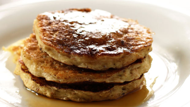 oatmeal-raisin-pancake