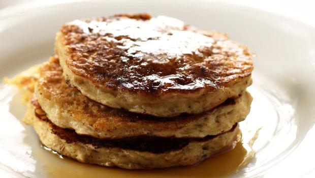 oatmeal-raisin-pancake