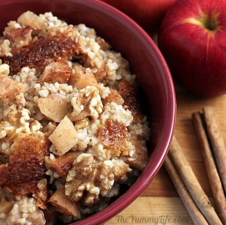 Easy Slow-Cooker Cinna-Apples and Oats