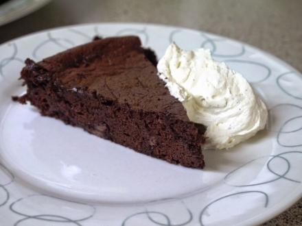 Choco & Vanilla Cream Cake