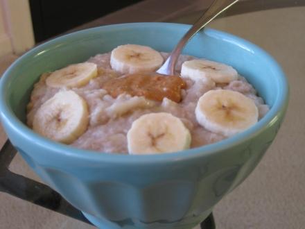 5 Min Banana Peanut Butter Oatmeal