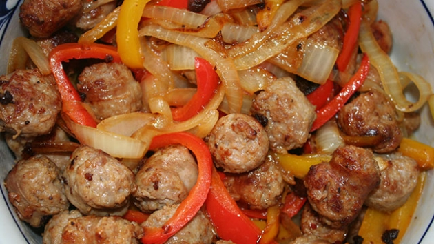 Skinny Sausages, Peppers and Onions Recipe