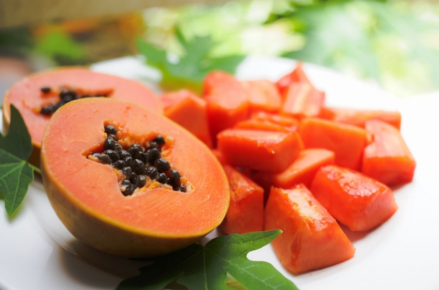 14 Best Fruits For Fast Weight Loss