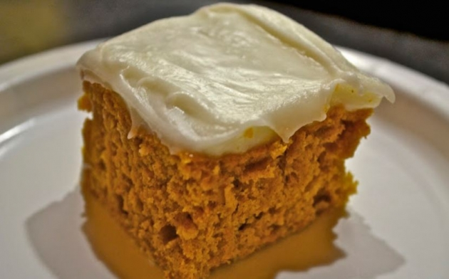 Skinny Frosted Pumpkin Cake
