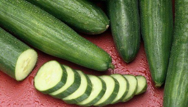 SHE ATE CUCUMBER EVERY DAY AND THEN EVERYBODY NOTICED THAT SHE HAS CHANGED: HERE'S WHAT ACTUALLY HAPPENED!