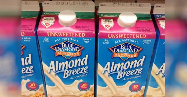 If Anyone You Know Buys Almond Milk, Tell Them To Stop – Here's Why